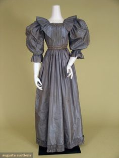 Shot-silk Aesthetic Evening Dress, 1890s, Augusta Auctions, October 2007 Vintage Clothing & Textile Auction, Lot 544