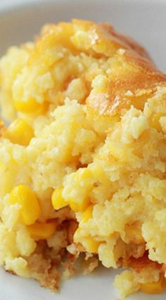 Sweet Corn Spoonbread - Southern Bite _ A favorite at our house. It's another one of those dump, stir, and pour recipes that we all love, but it tastes like so much more! Holiday Recipes, Great Recipes, Favorite Recipes, Recipes Dinner, Fall Recipes, Holiday Meals, Holiday Dinner, I Love Food, Good Food
