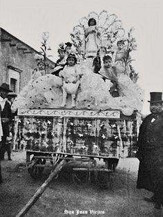 Carro alegorico en San Juan de los Lagos Jalisco Mexico 20