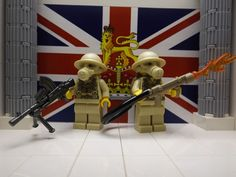 LEGO 2x WWII British 8th Infantrymen with Bren, Flamethrower and Brodie helmets #LEGO