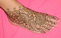 Beside Arabic mehndi hand design , there is also a large variety Arabic mehndi designs for feet , which are looking stunning, marvelous and eye catching. http://bit.ly/1v2ZeSA