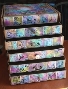 Pretty neat way to store your paper scraps. Might have to find me some pizza boxes soon.