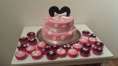 Pink mini mouse taart
