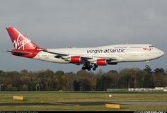 Boeing 747-443 aircraft picture