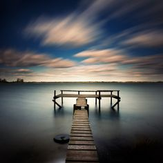 Lac de Hourtin -The largest lake in France Cap Ferret, Expositions, Night Photography, Belle Photo, Online Art Gallery, Marina Bay Sands, Paths, The Good Place, Nature