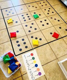 Aprender matemáticas puede ser de lo más divertido con actividades que motiven& Learning math can be the most fun with activities that motivate children and invite them to play with them. Preschool Learning Activities, Kindergarten Math, Toddler Activities, Preschool Activities, Kids Learning, Math Math, Montessori Activities, Math For Kids, Kids Education
