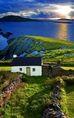 Coastal cottage in Ireland