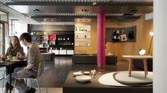 Tiendas de diseño de interiores, tiendas de moda, joyerías, tiendas de antigüedades, galerías, museos, restaurantes, hoteles, agencias de diseño - de todo se puede encontrar en el Distrito del Diseño de Helsinki.