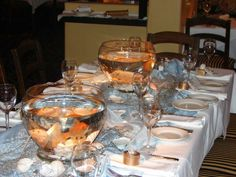 Dinner+Table+Decorations | dinner table decorated with sea fish bowls