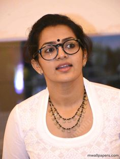 Parvathy HD Images and Wallpapers - Indian Film Actress, Tamil Actress Photos, Indian Actresses, Body Diagram, Gold Mangalsutra, Churidar Designs, Wedding Girl, Best Portraits, Costume Patterns