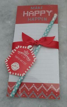 This pretty, memo pad is a great place to write down gift lists, Christmas cookie ingredients, naughty and nice charts and more. Also, makes a great hostess gift.