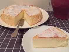 Damess! Ik heb een heerlijke gebakken kwarktaart recept voor jullie. Het originele recept is Frans, ooit had ik die in … Zumbo Desserts, Lemon Desserts, Cookie Desserts, Bake My Cake, Pie Cake, Cake Cookies, Cupcake Cakes, Cupcakes, Baby Food Recipes