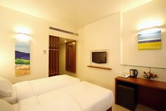 Enjoy wonderful and comfortable executive deluxe rooms. Orbett Hotel is one of the best Hotels in Pune providing best services & facilities.