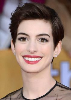 #AnneHathaway. 4 Misguided Theories About Pixie Cuts: http://fashionallure.com/pixie-cut-hairstyle/