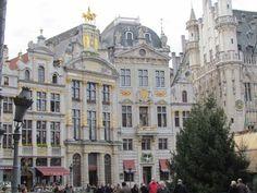 De Grote Markt in het centrum van Brussel, ik vind het een heel mooi plein met mooie gebouwen die mooi versierd zijn