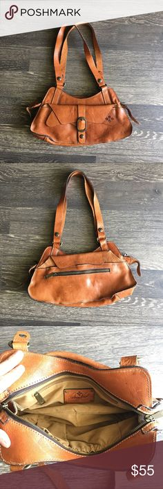 Patricia Nash Brown Leather Purse Patricia Nash Purse used a handful of times. No issues. Patricia Nash Bags