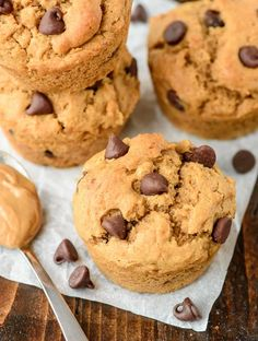 Fluffy chocolate chip peanut butter muffins with TONS of peanut butter flavor. Whole wheat and 7 grams of protein—a filling, delicious breakfast or snack!