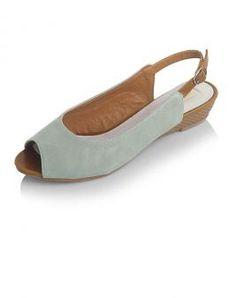 Sow sandal