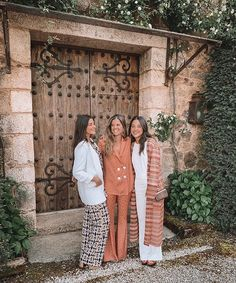 The Kooks, Wedding Guest Style, Preppy Look, Bridesmaid Dresses, Wedding Dresses, Marie, Going Out, Instagram, Feminine