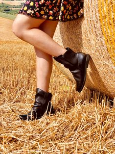 7f13a05c7f 20 fantastiche immagini su Stivali al ginocchio | Over the knee ...