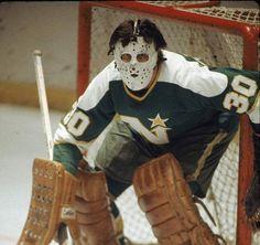 Cesare Maniago Stars Hockey, Women's Hockey, Hockey Stuff, Hockey Games, Hockey Players, Sheffield Steelers, Minnesota North Stars, Hockey Pictures, Goalie Mask