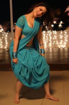 Beauty Women, Women, Saree Models, Bodysuit Fashion, Saree, Bollywood Girls, Bollywood Designer Sarees, Girl Fashion