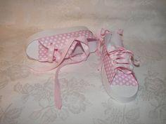 Paper tennis shoes