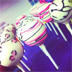 Girly teen cake pops!