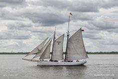 """Lotsenschoner """"No.5 ELBE"""" //  #Segeln #Segler #Elbe #Museumsschiff #Schiffe #Schiff #Traditionssegler #Gaffelschoner #Lotsenschoner #NO.5 ELBE / gepinnt von www.MeerART.de"""