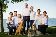 Image result for family photo ideas outside