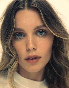 Pinterest: DEBORAHPRAHA ♥️ defined eyelashes mascara look