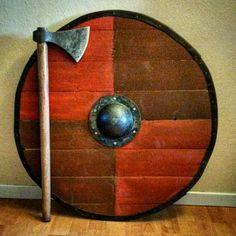 My new viking axe and the shield I just made.  #Norse #Norway #Hordaland #Viking #vikings #landofthevikings #Njörður #haf #fjordúr #fjallað #skógur #vikingaxe #vikingøks #vikingmarknad #vikingmarket #vikingshield #roundshield #shieldwall #Shield