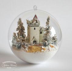 Bombki | Christmas Scenes, Christmas Balls, White Christmas, Christmas Crafts, Merry Christmas, Christmas Decorations, Christmas Ornaments, Jesus Birthday, Putz Houses