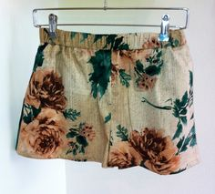 Flower shorts by Inclū