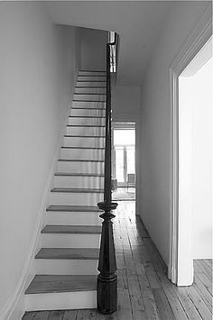 Should You Install Gray Wood Floors? - Maria Killam - The True Colour Expert : Should you Install Gray Wood Flooring? Grey Floorboards, Light Grey Wood Floors, Grey Hardwood Floors, Grey Flooring, Black Banister, Banisters, Wood Stairs, Flooring Options, Custom Home Builders