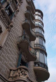 Beautiful art nouveau building, Barcelona