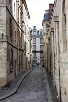 french alley