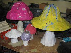 Dizzily Dreaming: How to Papier-Mâché (or Paper Mache) -- Mushroom: Alice in Wonderland Craft