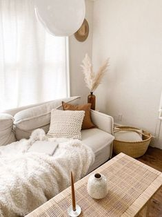 Chic Living Room, Home And Living, Living Room Decor, Dining Room, Modern Living, Estilo Interior, Decoration Inspiration, Decor Ideas, Boho Inspiration
