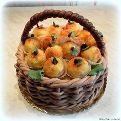 ПЕРСИКИ - пирожное с начинкой из вареной сгущенки с орешками (695x700, 333Kb)