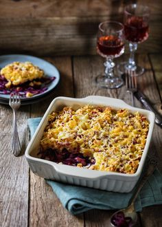 Red cabbage spaetzle casserole with bacon - Modern Whole 30 Crockpot Recipes, Whole30 Recipes Lunch, Beef Recipes, Chicken Parmesan Recipes, Chicken Thigh Recipes, Chicken Soup Recipes, Quiches, Vegan Avocado Recipes, Simply Yummy