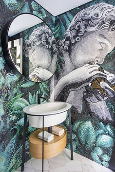 Mosaic is a synonym of art, elegance and class, enhancing your bathroom with vibrant colours. Discover what Sicis can do for your Home Mosaic Bathroom, Mosaic Wall, Mosaic Tiles, Bathroom Colors, Blue Paint Colors, Room Paint Colors, Marble Mosaic, Mosaic Glass, Bath Tub Fun