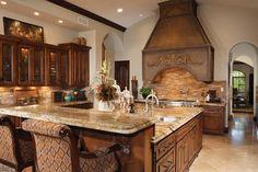 7574 N Mockingbird Ln, Paradise Valley, AZ 85253 | 7,514 sf | 5 bed | 5 full 1 half bath | built 2008 | 1.03 acres | $3,495,000 USD.