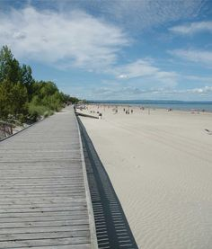 Wasaga Beach is 1 of 4 Canadian Beaches That Rival The Caribbean  We know Wasaga Beach is amazing and now the world knows it too!  http://www.huffingtonpost.ca/allison-eberle/canadian-beaches-travel_b_9410512.html  #worldslongestfreshwaterbeach  #Wasaga  Beach #RoyalLePageTrinity