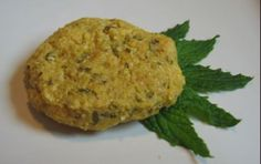 Mint Kiss Puppy Cookie     Ingredients:     •1 cup stone ground yellow cornmeal  •1 tbsp vegetable oil  •3/4 cup chicken broth (low or no sodium is best)  •1 egg  •1 tbsp grated cheddar cheese  •2 tbsp minced fresh mint    Instructions:     1.Preheat oven to 350° F.  2.Measure cornmeal into a small bowl.  3.In a sauce pan, bring the vegetable oil and chicken broth to a boil.  4.Remove pan from the heat and stir in the cornmeal.  5.Scoop the cornmeal mixture into a small bowl.  6.Allow the mix...