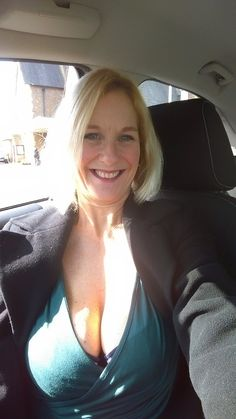 Attractive milf with creampie