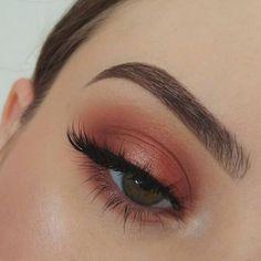 einfaches Augen Make-up - Prom Makeup For Brown Eyes Makeup Goals, Makeup Inspo, Makeup Inspiration, Makeup Tips, Makeup Ideas, Makeup Tutorials, Cute Makeup, Pretty Makeup, Sleek Makeup