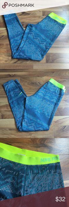 Nike PRO DRI-Fit Leggings Size L Size L Nike pro leggings, body: 98% polyester, 12% spandex. In like new condition. No trades. Nike Pants Leggings