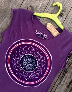 Mandala bio organic cotton tops & tees women crop t-shirt mulberry vintage black hand painted and hand dyed women yoga top  We hand drawn, hand painted