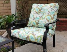 No Sew Project: How to recover your outdoor cushions using fabric and a glue gun. - Patio Chair - Ideas of Patio Chair - The V Spot: No Sew Project: How to recover your outdoor cushions using fabric and a glue gun. Recover Patio Cushions, Patio Cushion Covers, Patio Furniture Cushions, Diy Outdoor Furniture, Diy Furniture, Furniture Covers, Rustic Furniture, Office Furniture, Antique Furniture